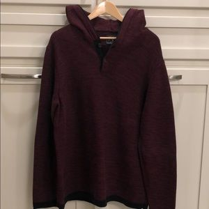 Men's American Eagle hooded sweater.. size XL
